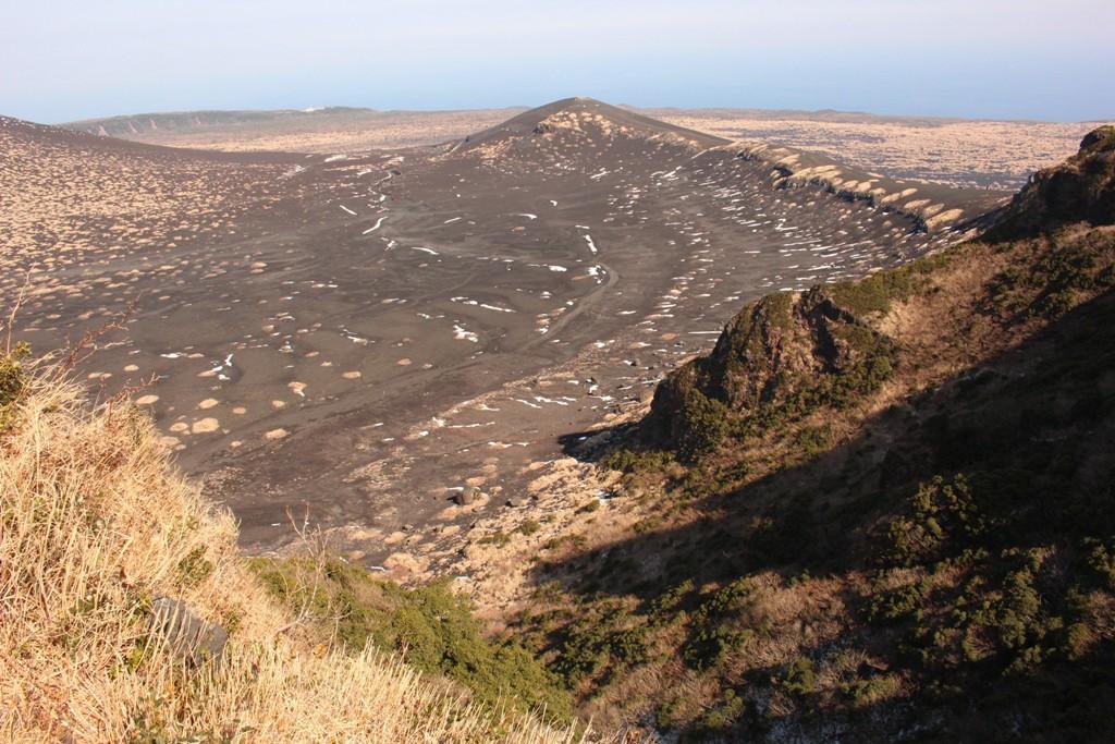 白石山展望台からのカルデラ